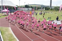 Runners in the pink - picture
