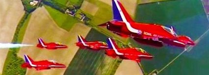 Isle of Man News Image - Red Arrows