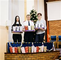 4cc8fbb8e Dandara supports Salvation Army Christmas appeal for Isle of Man families -  picture