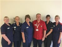 Senior nurses go 'back to the floor' - picture
