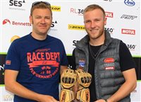 TT newcomer awarded 'Star of Tomorrow' award - picture