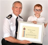 Six year old boy receives Chief Constable's Commendation  - picture