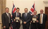 £50 coins presented to the Ministry of Defence - picture