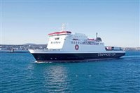 Sailings cancelled due to bad weather - picture