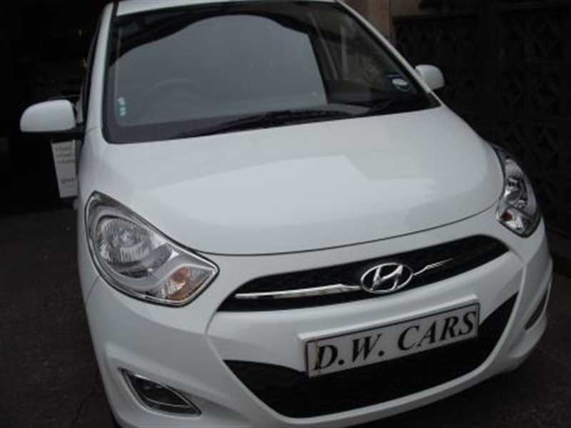 Hyundai i10 1.2 Active 5-door Crystal white