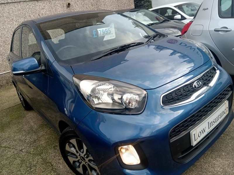 Kia Picanto 1.25 '2' Automatic 5-door Blue Mica Only 1,800 miles