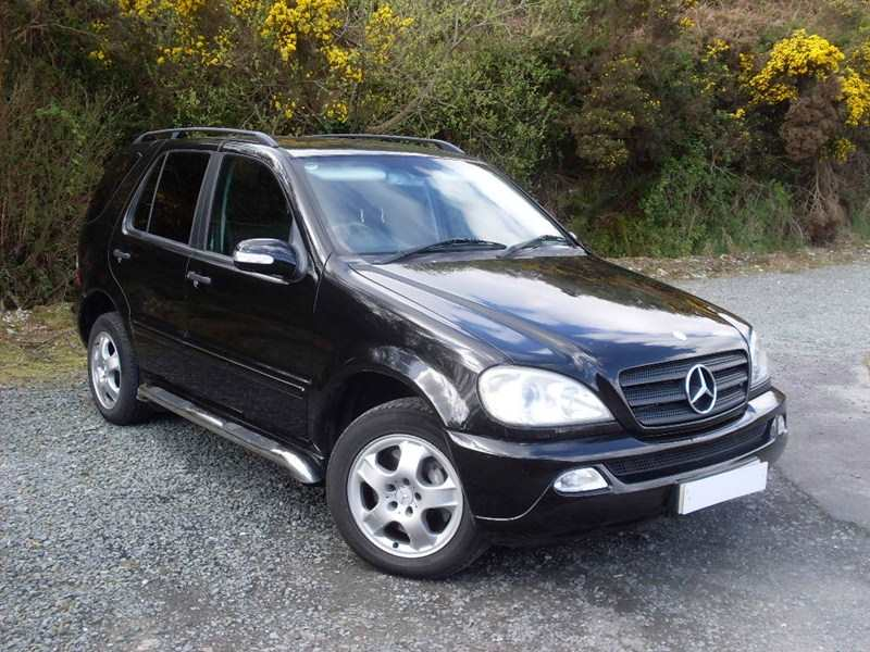 Mercedes- Benz ML 270 CDI Auto 4×4 S/W 5dr