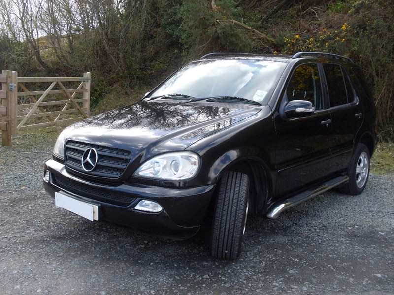 Mercedes- Benz ML 270 CDi Automatic 4X4