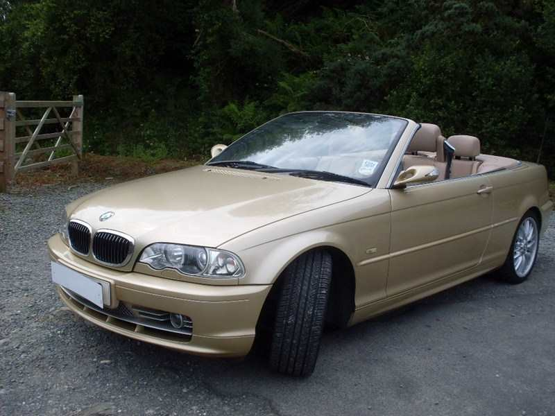 BMW E46 330 CI Convertible 5 Speed