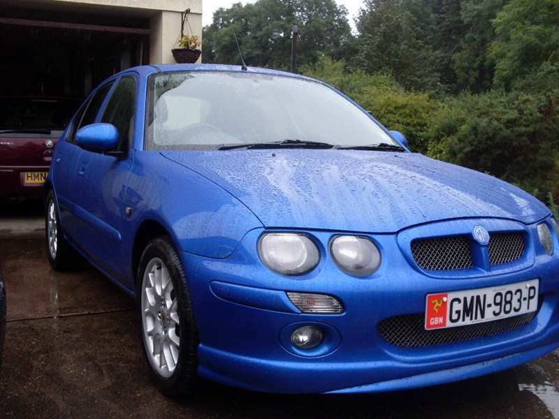 MG ZR 1.4 16v + 105 5dr 5 Speed